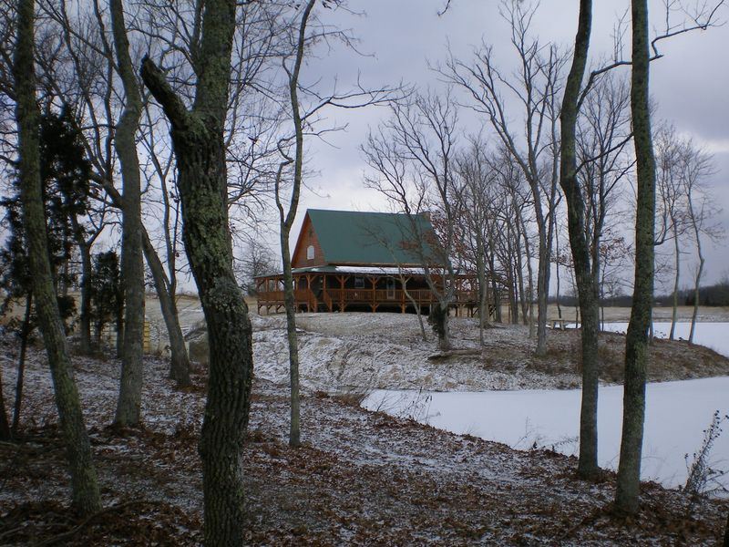 Lodge_exterior_closeup