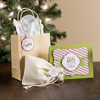 10042013_popnplace_holidaytags_bundle